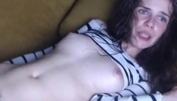 Amazing cute girl !Crazy bitch ! Has Multiple Orgasms ! hot video