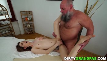 Mature man fucks her younger cute little pussy