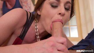 After the blowjob bawdy slut receives a sex