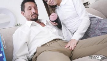 Riley Reid – My dear daddy deserves the best gifts from me