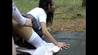 Sexy desi amateur school girl having hot sex with a stranger