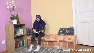Sexy desi teacher gives special lesson